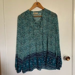 Hollister Blouse size M
